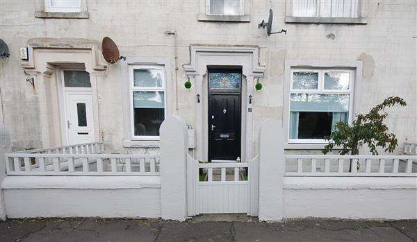 2 Bedrooms Apartment Flat for sale in Stanley Road, Saltcoats