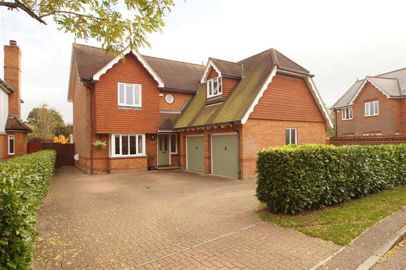 5 Bedrooms Detached House for sale in Fairways, Braiswick, Colchester