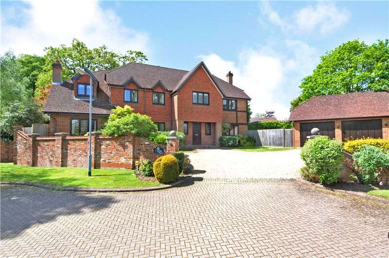 5 Bedrooms Detached House for sale in Coombe Hill Court, Windsor, Berkshire, SL4