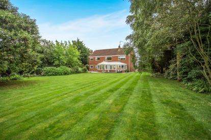 5 Bedrooms Detached House for sale in Great Bircham, King's Lynn, Norfolk