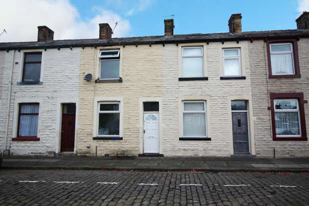 3 Bedrooms Terraced House for sale in Alpha Street, Nelson, Lancashire, BB9 8RQ