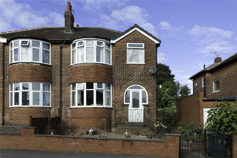 3 Bedrooms Semi Detached House for sale in Carlton Rise, Pudsey, Leeds, LS28