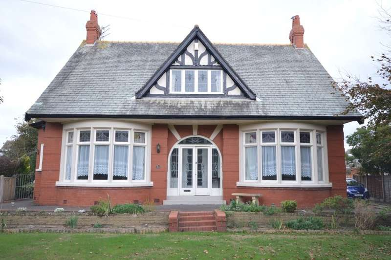 5 Bedrooms Detached House for sale in Pedders Lane, South Shore