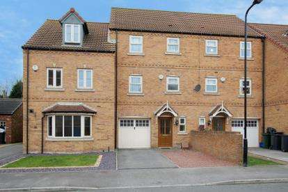 4 Bedrooms House for sale in Progress Drive, Bramley, Rotherham, South Yorkshire