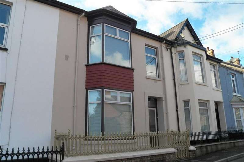 5 Bedrooms Property for sale in The Avenue, Carmarthen
