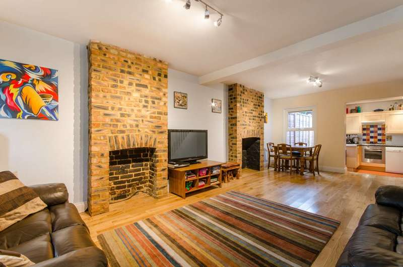 2 Bedrooms House for sale in Brunswick Park Road, Brunswick Park, N11