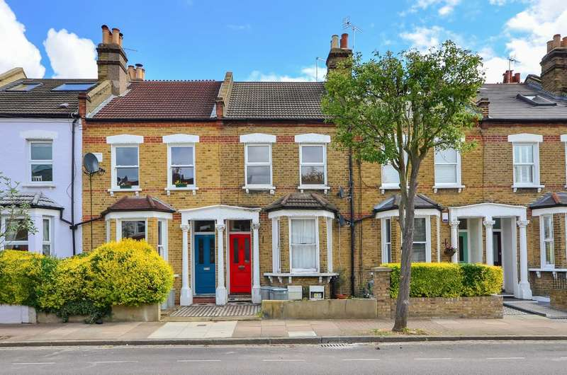 2 Bedrooms Flat for sale in Trevelyan Road, Tooting, SW17