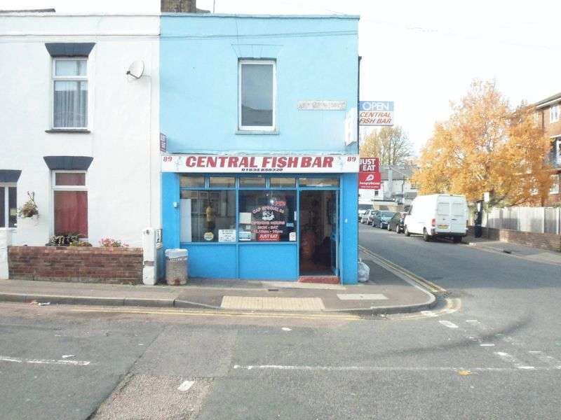 Property for sale in Britton Street, Gillingham
