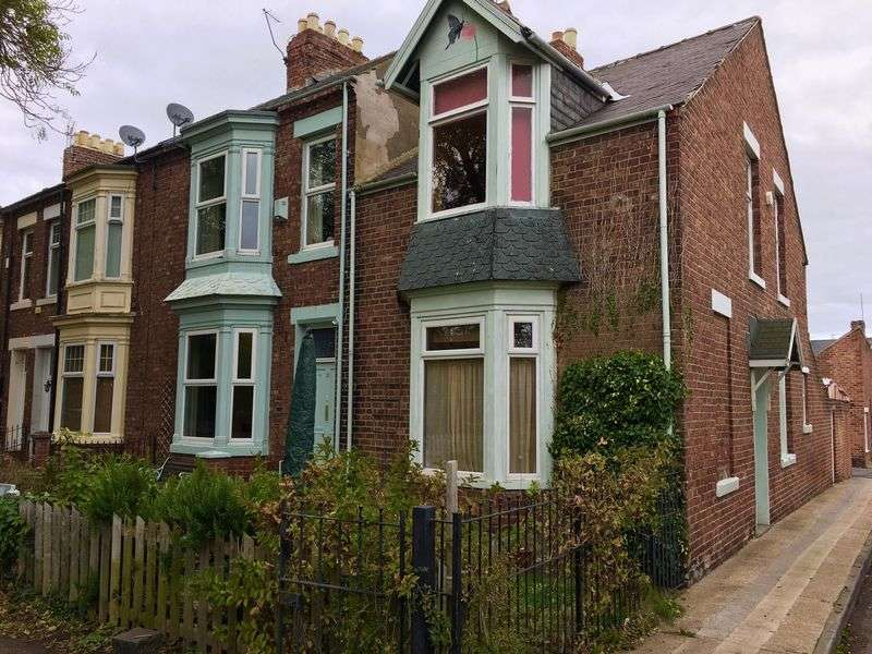 2 Bedrooms Terraced House for sale in Fuller Road, Hendon, Sunderland