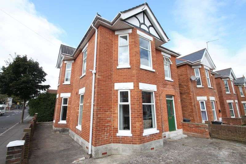 6 Bedrooms Detached House for rent in Stanfield Road, Winton