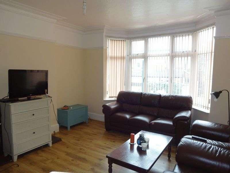 7 Bedrooms Property for rent in Park Road, Nottingham