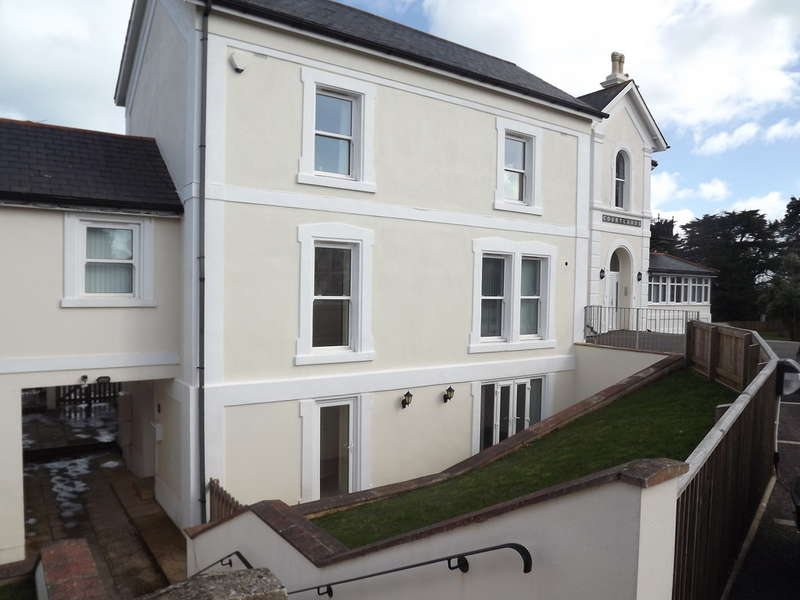 1 Bedroom Flat for sale in Rawlyn Road, Chelston, Torquay