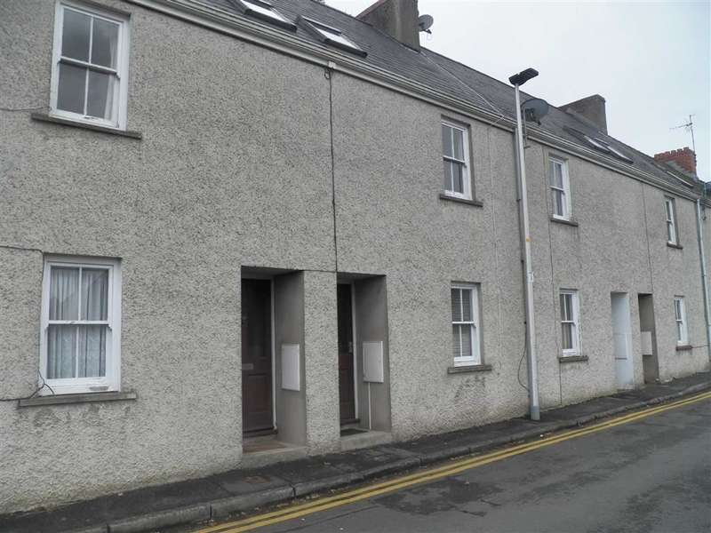 2 Bedrooms Property for sale in Prospect Place, Haverfordwest