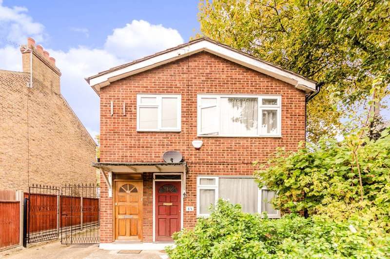 2 Bedrooms Flat for sale in Forest Road, Leytonstone, E11