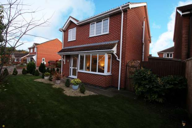 3 Bedrooms Detached House for sale in Oderin Drive, Grimsby, South Humberside, DN36 4GJ