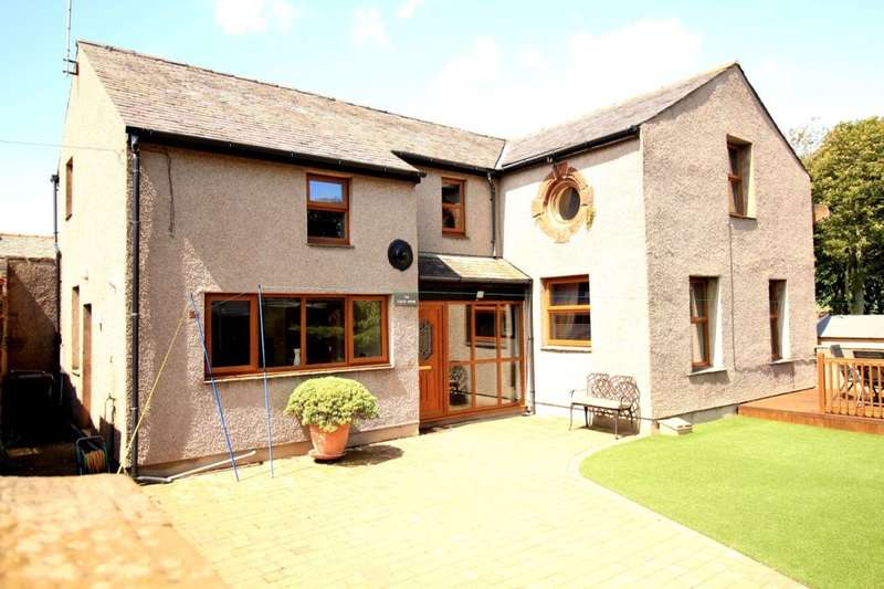 4 Bedrooms Detached House for sale in The Coach House Bay View, Millom, LA18