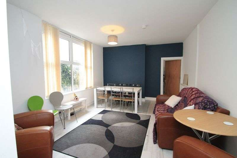6 Bedrooms Terraced House for rent in Albany Road, Cardiff