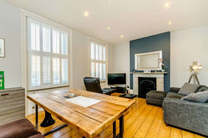 1 Bedroom Flat for sale in Castelnau, Barnes, Barnes, SW13