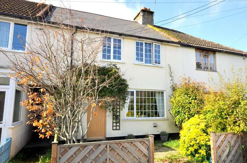3 Bedrooms Terraced House for sale in Addison Square, Ringwood, BH24 1NY