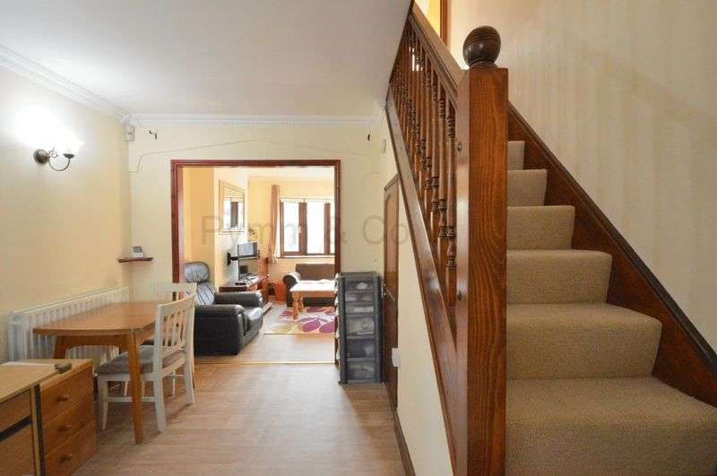 3 Bedrooms Property for sale in Arnfield Lane, New Costessey