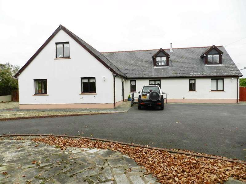 5 Bedrooms Detached Bungalow for sale in Vallecchia, Pill Road, Hook, Haverfordwest