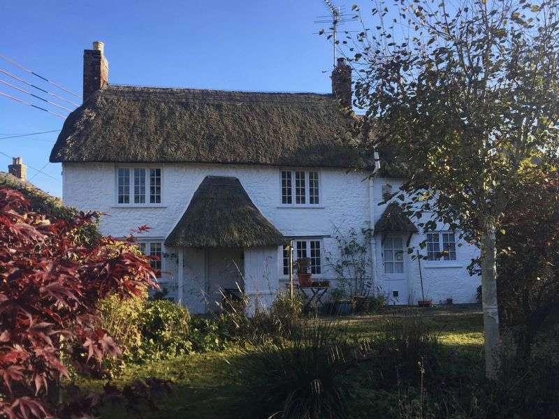 3 Bedrooms Cottage House for sale in Whitchurch Canonicorum, Bridport