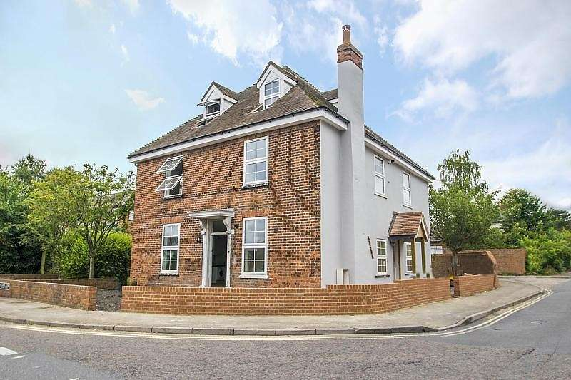 1 Bedroom Flat for sale in Apartment a Sloane House, Goring On Thames, RG8