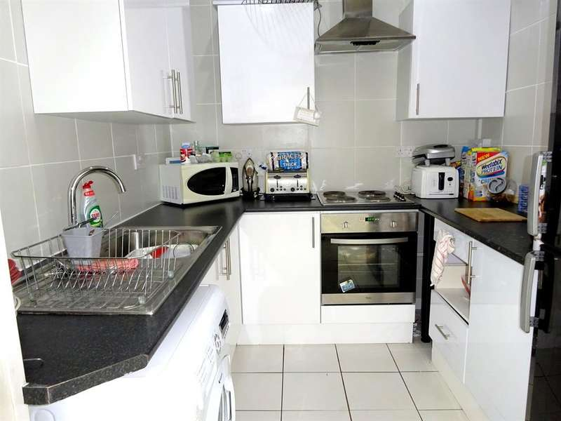 4 Bedrooms Terraced House for sale in Liscombe Street, Newport