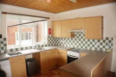 7 Bedrooms Semi Detached House for rent in Alma Road - Portswood - Southampton