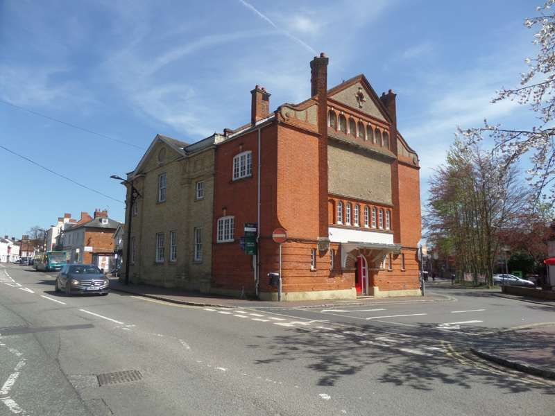1 Bedroom Flat for sale in Townhall Chambers, High Street, Newport Pagnell, Buckinghamshire