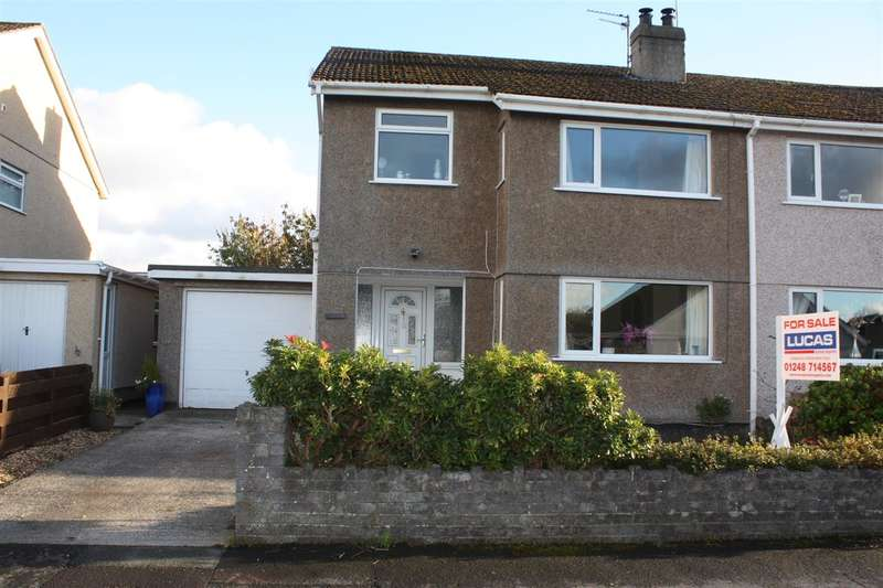 3 Bedrooms Semi Detached House for sale in Garwen, Stad Pen Y Berth, Llanfairpwll