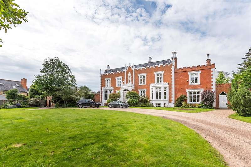 4 Bedrooms Semi Detached House for sale in Teddington Hall, 25 Hampton Road, Teddington, TW11