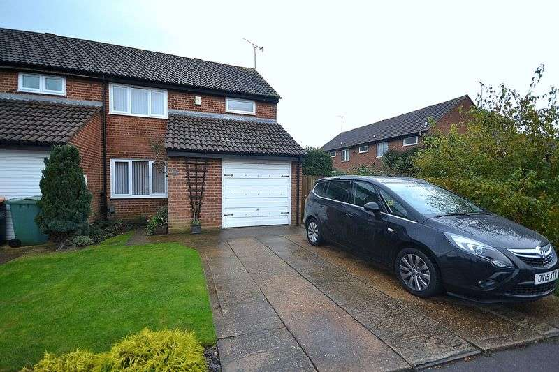 5 Bedrooms House for sale in Gemini Close, Leighton Buzzard