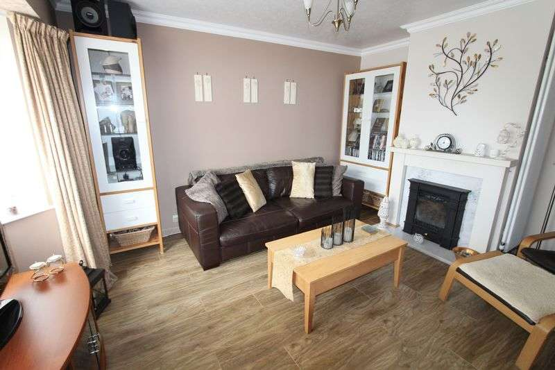 4 Bedrooms Semi Detached House for sale in Marl Road, Bootle