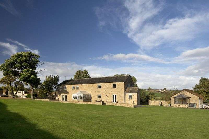 4 Bedrooms Property for sale in High Barn, Heybeck Lane, WF12 7QU