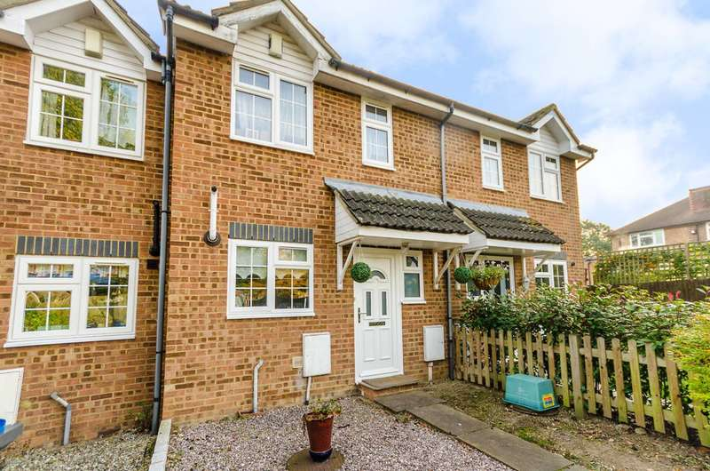 3 Bedrooms House for sale in Chelsea Close, Worcester Park, KT4