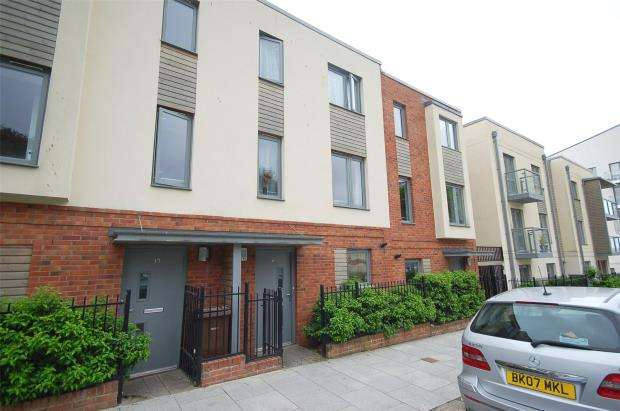 3 Bedrooms Terraced House for sale in Granby Way, Devonport, Plymouth, Devon