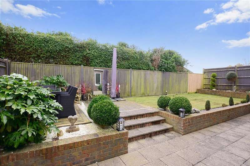 4 Bedrooms Detached House for sale in Findon Avenue, Saltdean, East Sussex