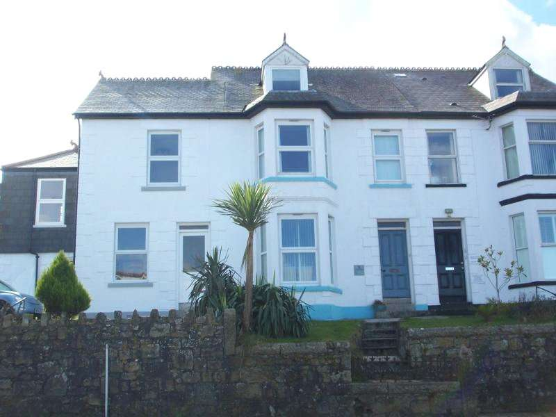 1 Bedroom Flat for sale in Carbis Water, Carbis Bay, St Ives