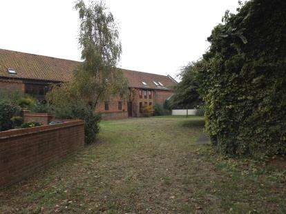 3 Bedrooms Barn Conversion Character Property for sale in Reedham, Norwich, Norfolk