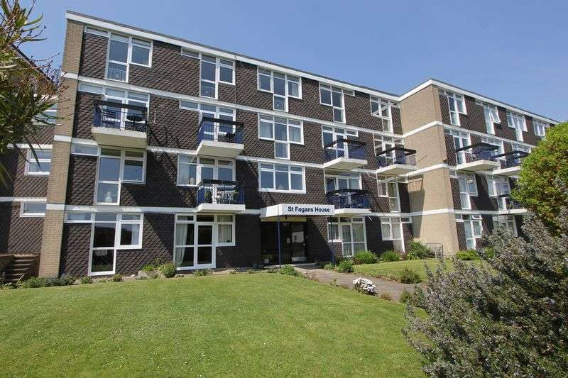 3 Bedrooms Maisonette Flat for sale in Bradford Place, Penarth