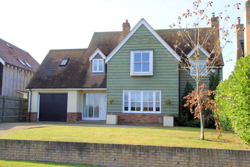 4 Bedrooms Detached House for sale in Church Street, Whaddon, Royston