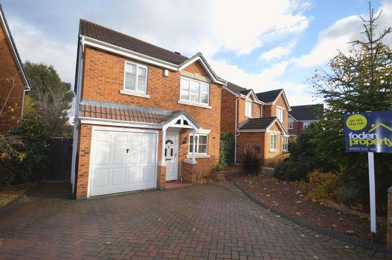 3 Bedrooms Detached House for sale in Bartholomew Road, Telford