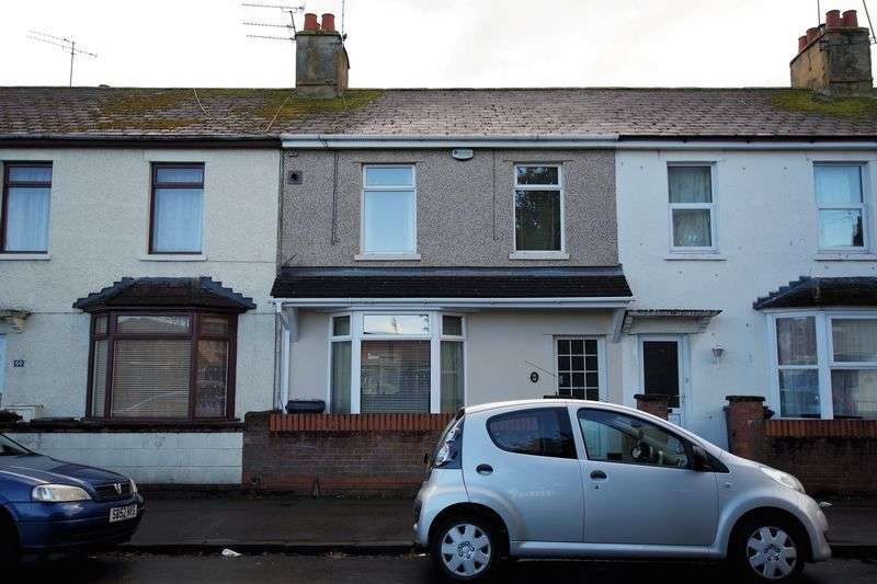 3 Bedrooms Terraced House for sale in YORK ROAD AREA SWINDON