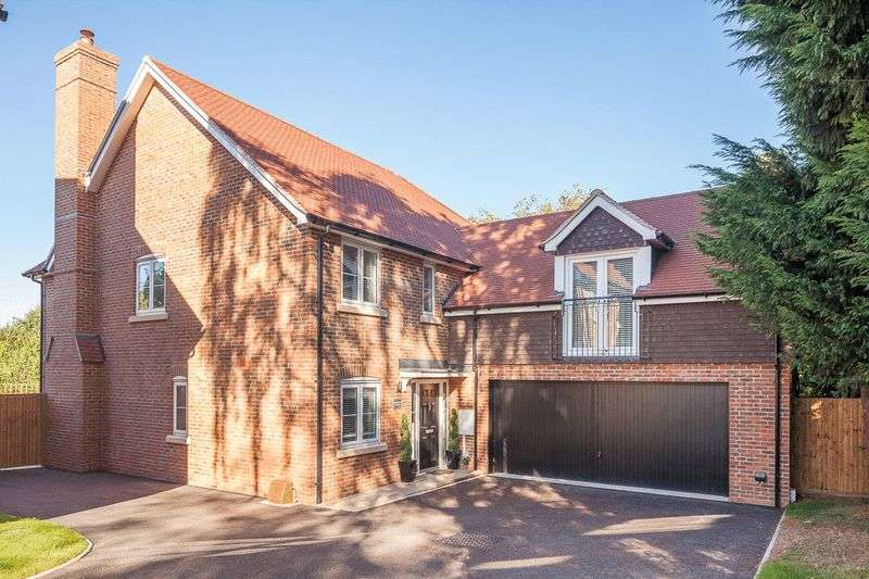 5 Bedrooms Detached House for sale in Kingswood, Manor Fields, London Road, Bidborough Borders
