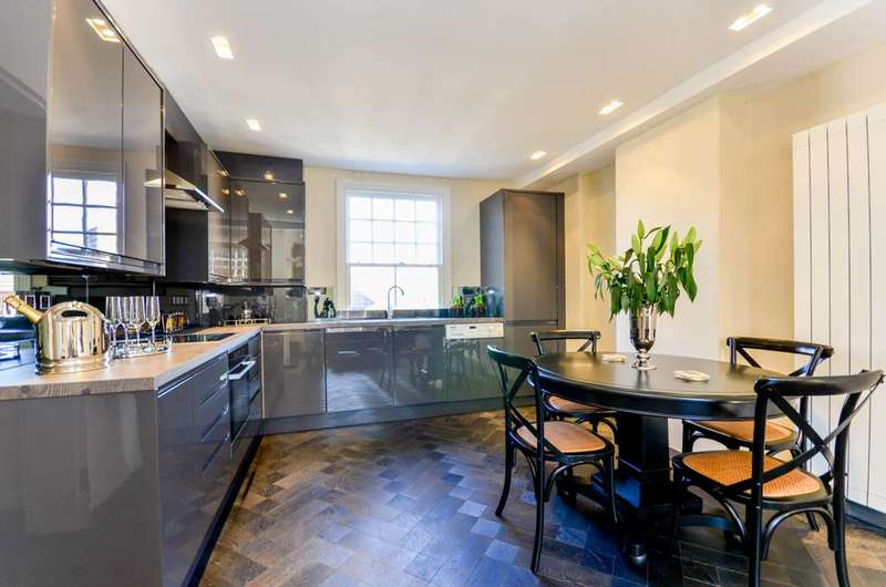 2 Bedrooms Flat for sale in St Olafs Road, Munster Village, SW6