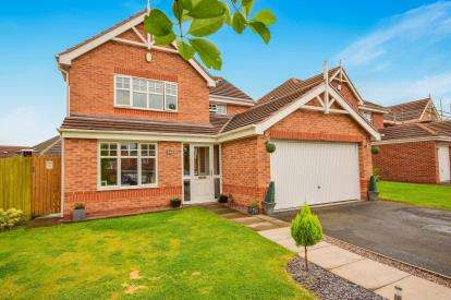 4 Bedrooms House for sale in Blue Cedar Drive, Streetly, Sutton Coldfield, West Midlands
