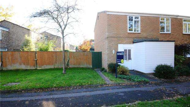3 Bedrooms Semi Detached House for sale in Claverdon, Bracknell, Berkshire