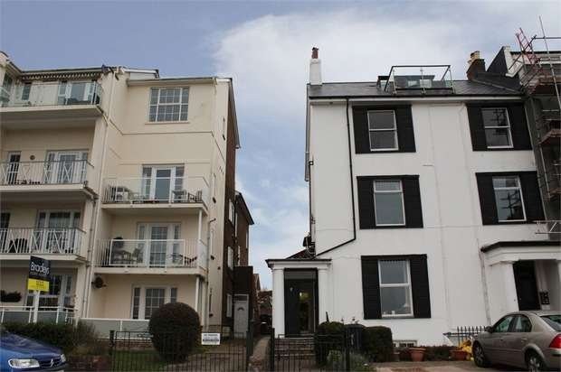 3 Bedrooms Flat for sale in 8 Louisa Terrace, Exmouth, Devon