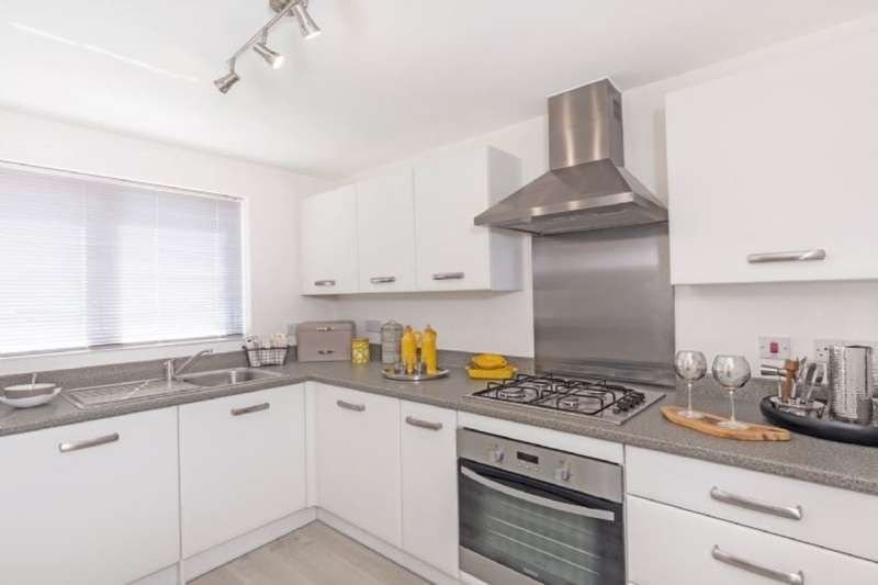 2 Bedrooms Detached House for sale in Dolcoath Avenue, Camborne, TR14